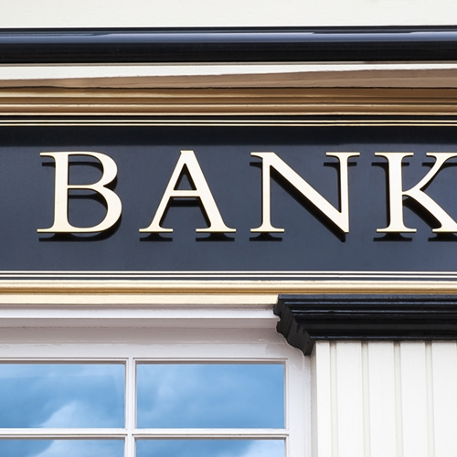 digital signage solutions for banks